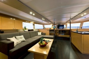 Fully Crewed Caribbean Catamaran Sailing Vacations